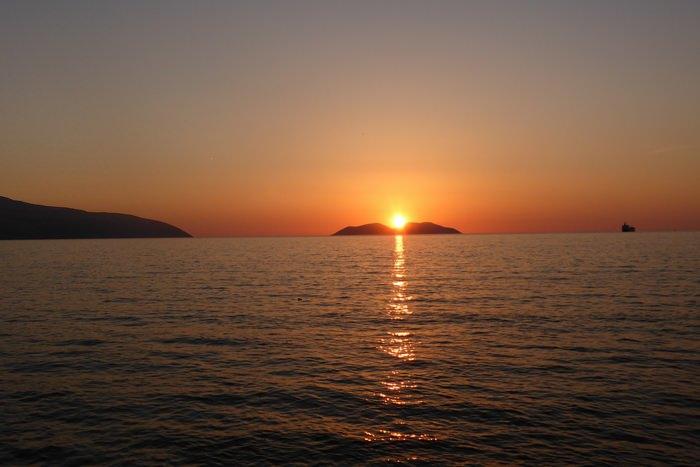 Bucht von Vlora mit der Insel Sazan